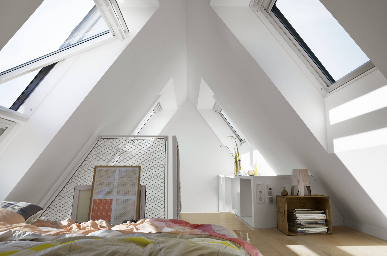 volet roulant solaire velux credit impot stunning credit dimpt velux isere with volet roulant. Black Bedroom Furniture Sets. Home Design Ideas