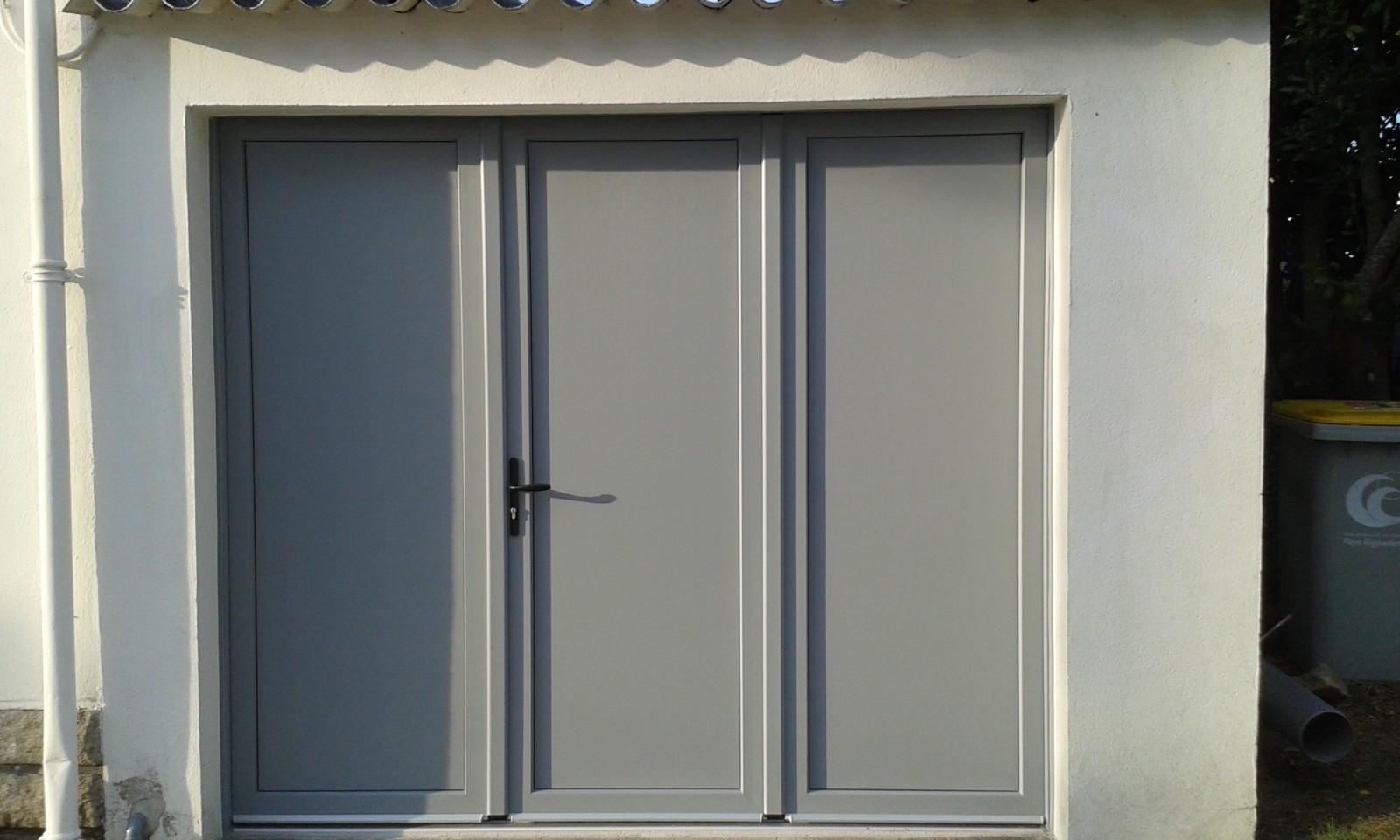 Porte de garage battante et portillon int gr ouverture for Porte fenetre ouverture a la francaise