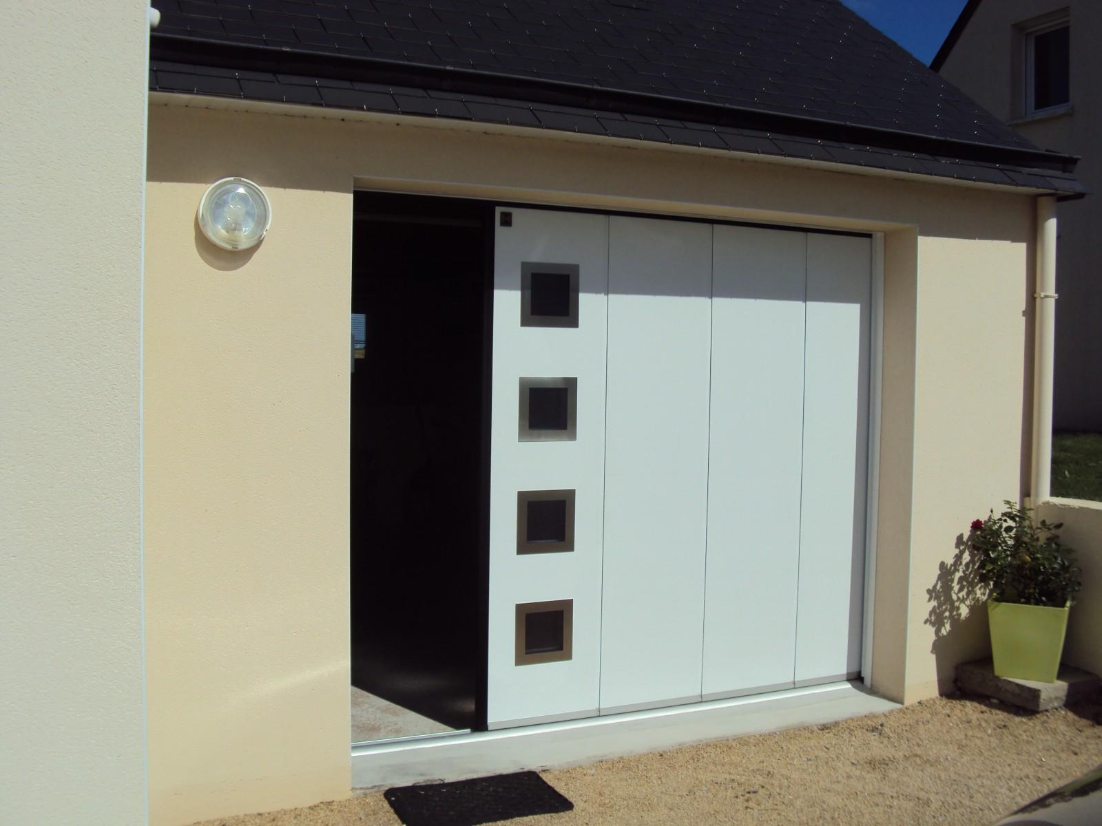 Porte De Garage Coulissante Latérale Isolée I Manuelle Ou électrique