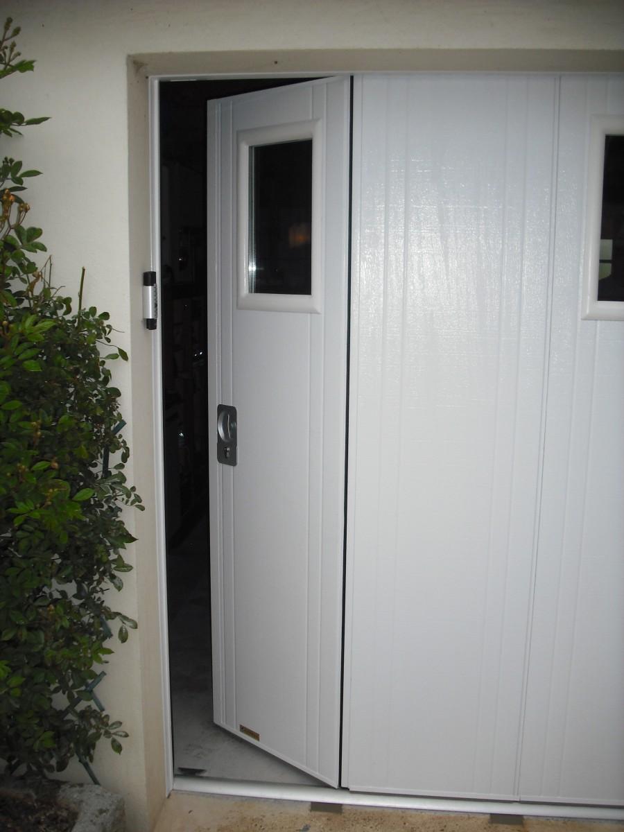 porte de garage coulissante lat rale isol e i manuelle ou. Black Bedroom Furniture Sets. Home Design Ideas