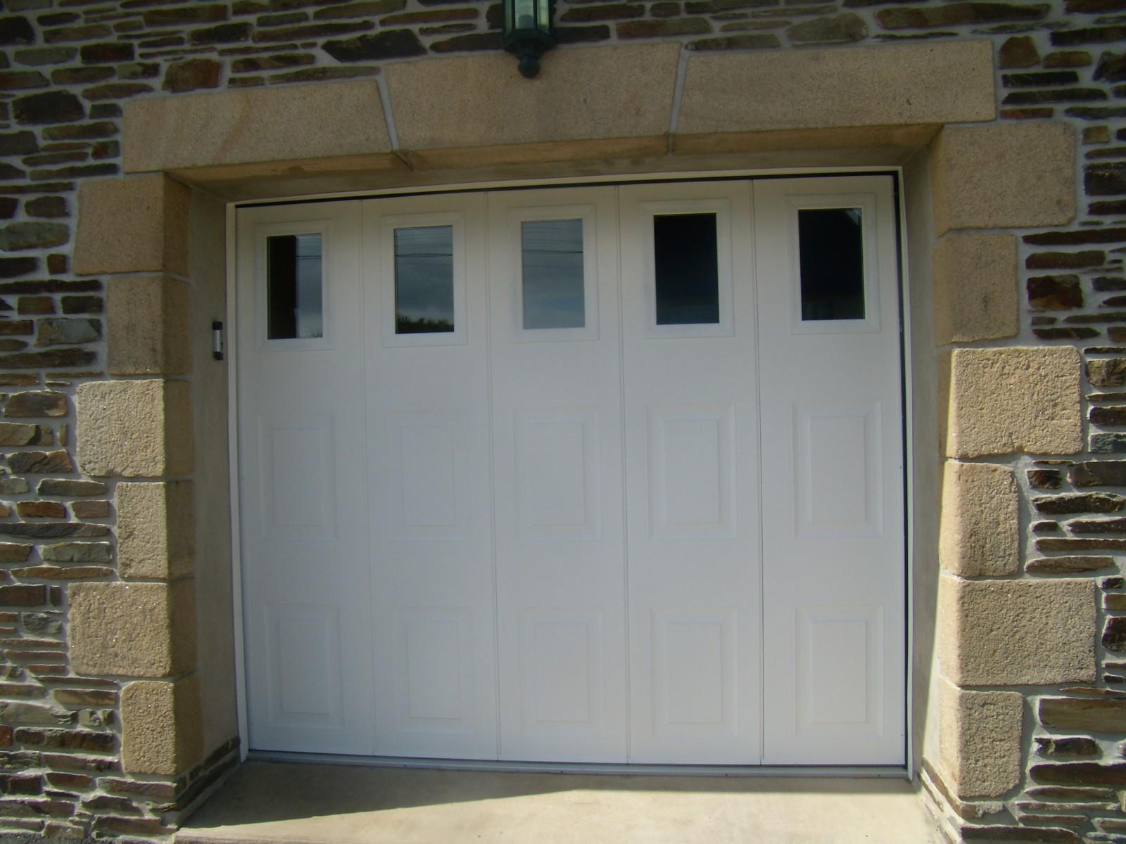 Porte De Garage Coulissante Latérale Isolée I Manuelle Ou électrique, Image  Source: 2pl.bzh