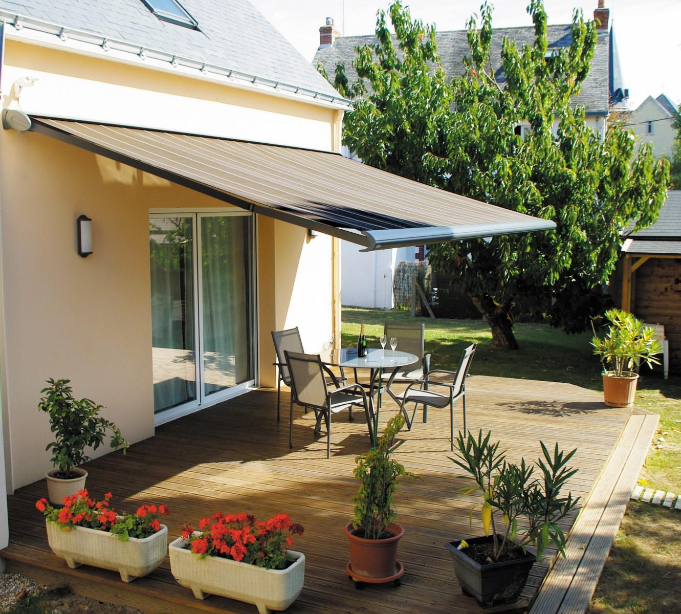 store banne de terrasse best store banne horizon store fenetre maison jardin terrasse with. Black Bedroom Furniture Sets. Home Design Ideas