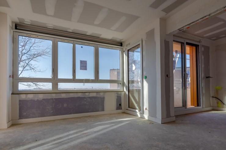 Fenêtres alu bicolores immeuble Rennes