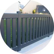 clôture aluminium - barreaudage vertical