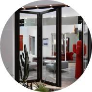 baie vitrée accordéon aluminium - séparation pièce de vie