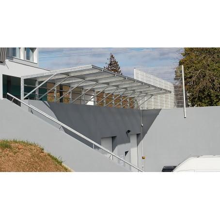auvent en verre et acier galvanisé - protection d'une entrée de garage