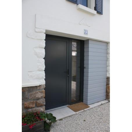 Porte d 39 entr e aluminium sur mesure vitr e ou pleine for Porte de service aluminium vitree