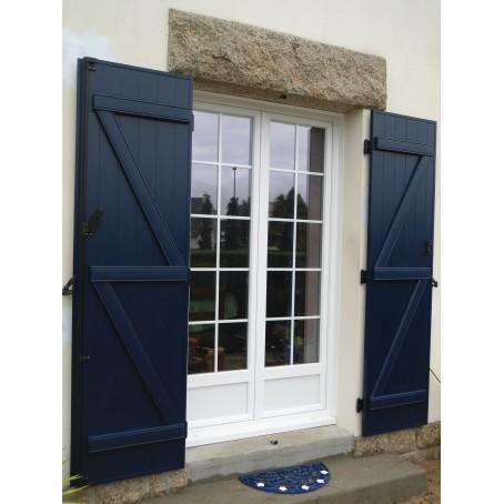 Stunning portefentre deux vantaux avec petits bois incorpors ouverture battante with porte for Fenetre un vantail bois