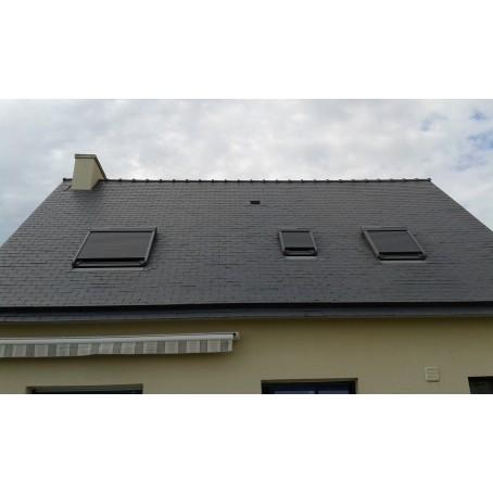 volets roulants pour fenêtres de toit autonome et solaire