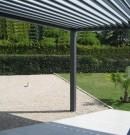 pergola bioclimatique en aluminium et à lames orientables